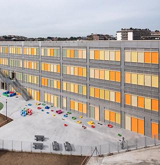 Ecole Athénée Royal, Koekelberg (Belgique), Entreprises Louis De Waele